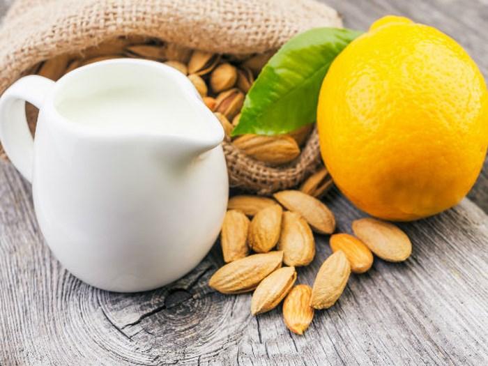 Kết quả hình ảnh cho hạnh nhân, mật ong, sữa tươi và chanh